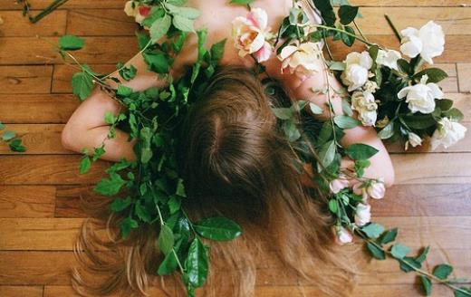 夜深想念某人伤感句子 痛到心里的伤感语录